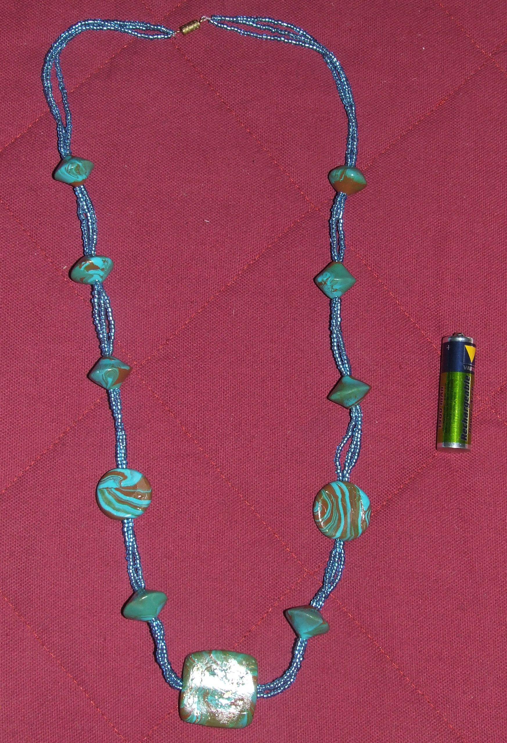 Collier3fils avec perles bleu turquoise et marron for Bleu turquoise et marron